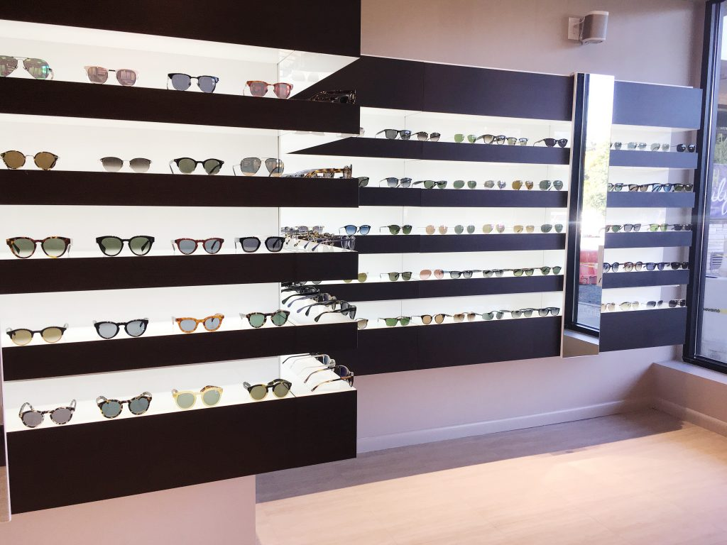 Since 1997, Eye Q Optometrist has been bringing the finest eyewear &  professional services to our customers. We provide comprehensive family eye  care, ...